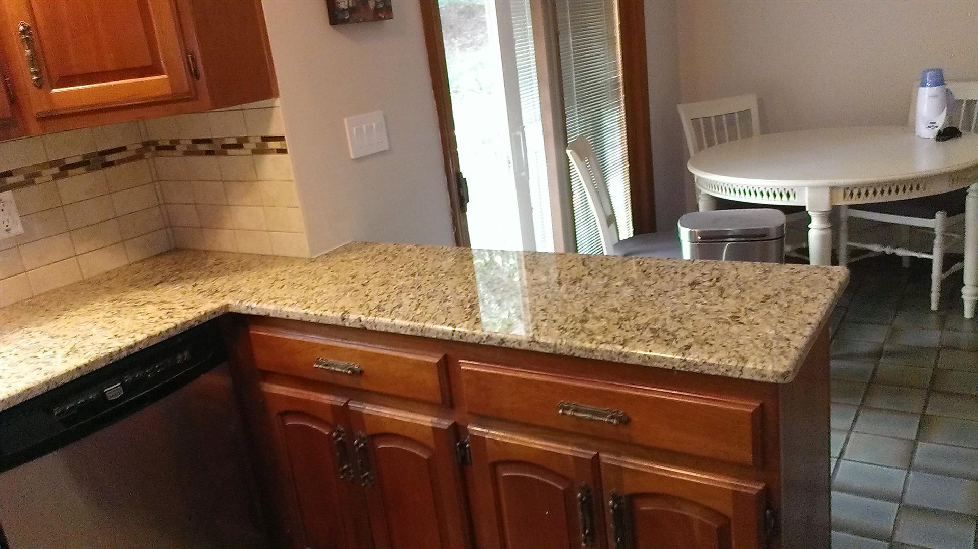 New Grante Countertops On Peninsula In Mountainside, NJ.