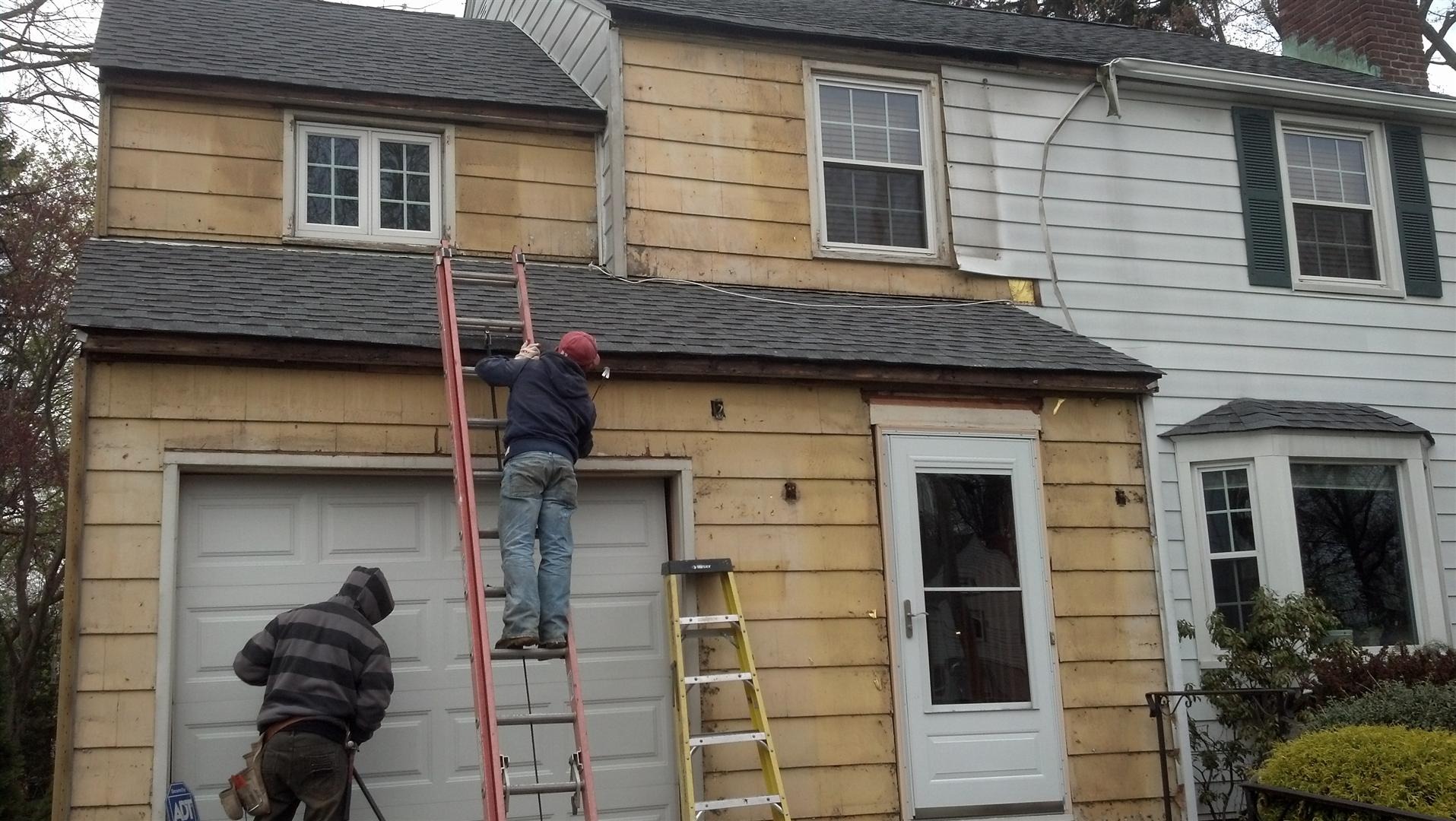 How to remove aluminum siding - Removal Of The Damaged Aluminum Siding In Springfield Nj
